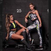 Nová kolekcia WARM UP na sklade! 👈  Kompletnú ponuku nájdete na @hipkins.sk . . @hipkins.sk #praha #brno #dnessportujem #cvicimczsk #trening #motivacia #posilnovanie #fitnessoblecenie #sportoveleginy #sportoveoblecenie #posilka #cviceni #czechfitnessgirl #yogaleggings #trening #fitnesslovakia #dnesnosim #fitnessclothes #fitko #leginy #ifbb #fitnessmodel